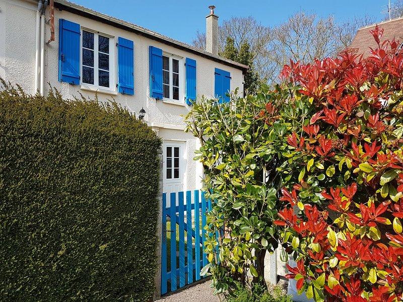 Maison de charme à proximité immédiate des plages du débarquement ( gite 2*), location de vacances à Ver-sur-Mer