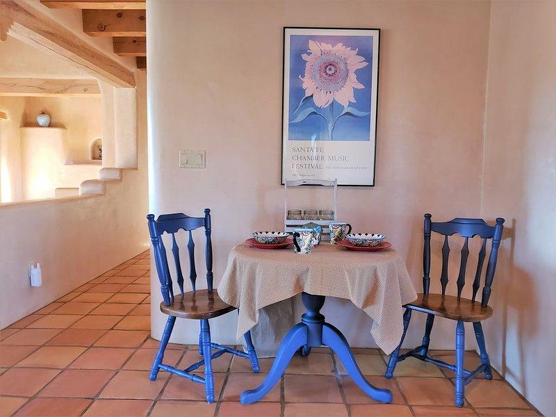 Vacation Casita 'Lucky' (adjacent to Vineyard in Nambe, Santa Fe County, NM), holiday rental in Espanola