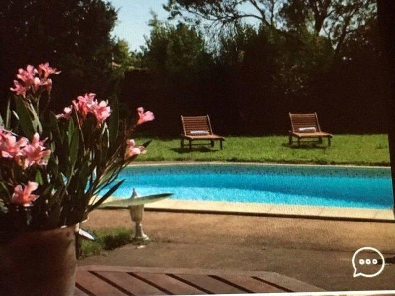 Chambre d hôte de charme avec piscine, location de vacances à Brens