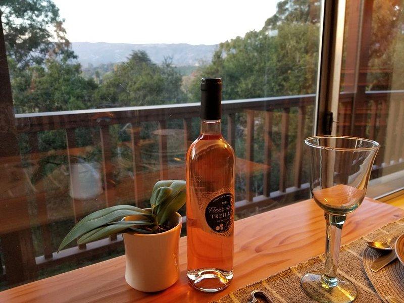 Serene Mountain & Garden View, casa vacanza a Goleta