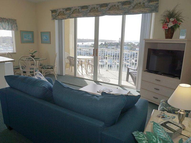 Boca Ciega Resort 420 1BR 1BA, location de vacances à Bay Pines