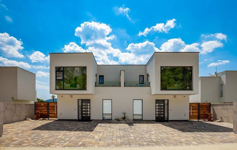 Traumhafte Villa  für 8 Personen, holiday rental in Kamenjak