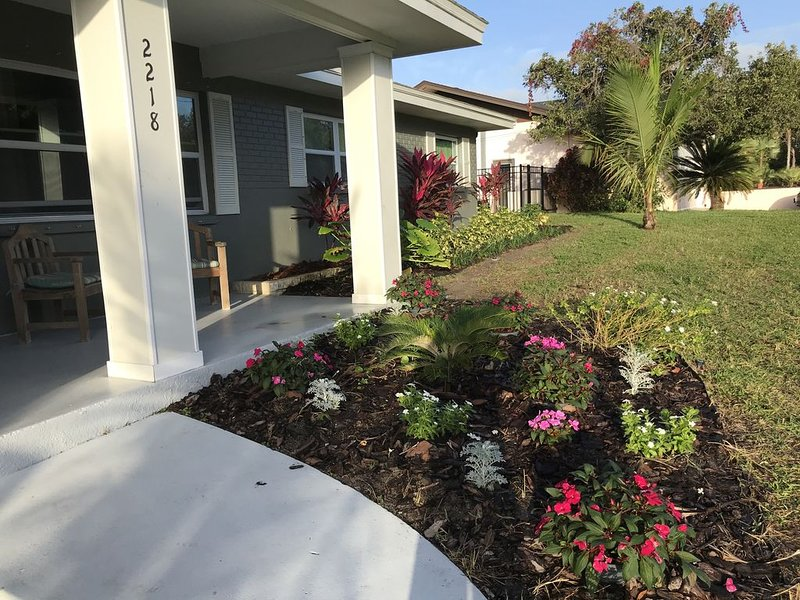 Newly Remodeled Home in Fairway Estates, Dunedin., holiday rental in Dunedin