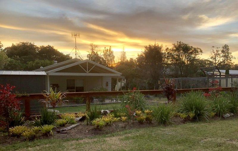 Shazza's Retreat - A quiet getaway, vacation rental in Wandandian