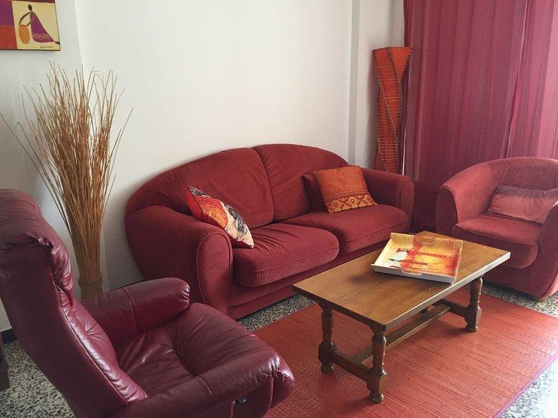 Ajaccio, F3 meublé 70m2  dans residence très calme, parking assuré, vacation rental in Mezzavia