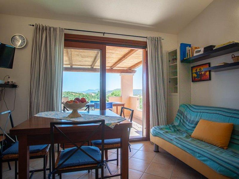 Klodge   Corbezzolo 42: vista mare, spiaggia a 5 minuti, holiday rental in Murta Maria