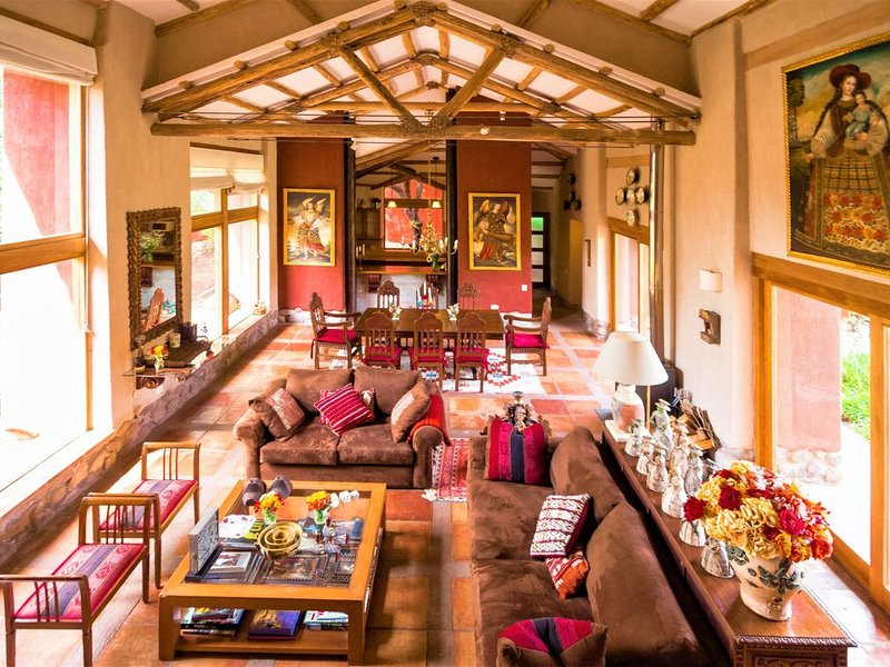 Artsy & Luxury Sacred Valley House, holiday rental in Sacred Valley