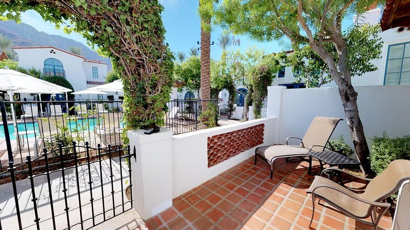 A Fully Remodeled One Bedroom, Two Bath Spa Villa in a Secluded Location!, holiday rental in La Quinta