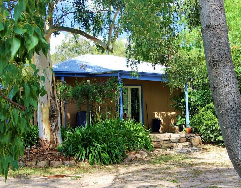 Rose's Cottage      ., vacation rental in Tenterfield
