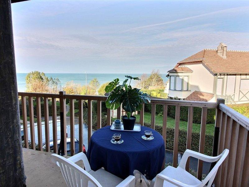 La  Baronnie  .vue mer , 1chambre ,1 salon  2  lits ,1 salle de bain  1 cuisine., holiday rental in Benerville-sur-Mer