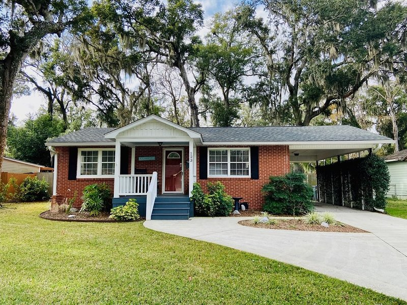 Cozy Cottage in St. Marys, GA, holiday rental in St. Marys