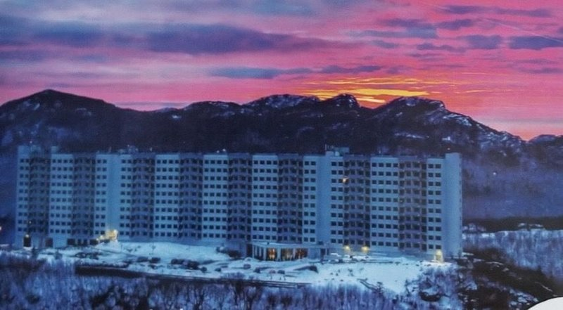 Newly redone condo. Introductory pricing. Panoramic views of Sugar Mountain., holiday rental in Sugar Mountain