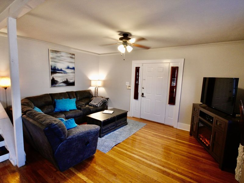 Midtown On the Park Retreat Walking distance, vacation rental in Southaven