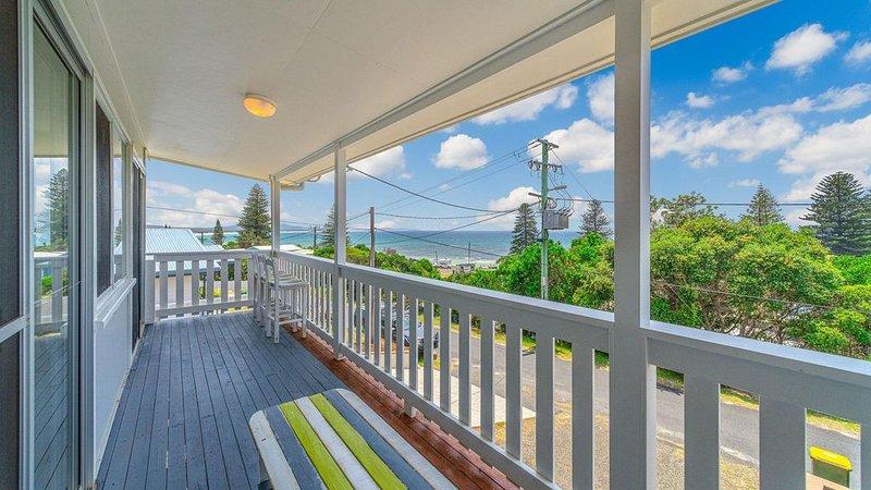 Ocean Dreaming- Amazing Views - Just listed .Pet Friendly, holiday rental in Ulmarra