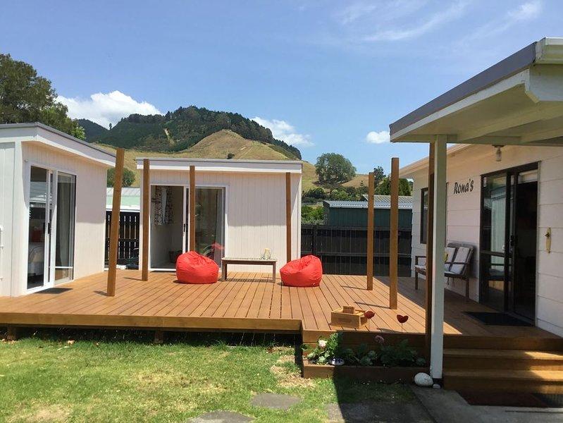 Ronas - Whiritoa Beach Bach, holiday rental in Waihi