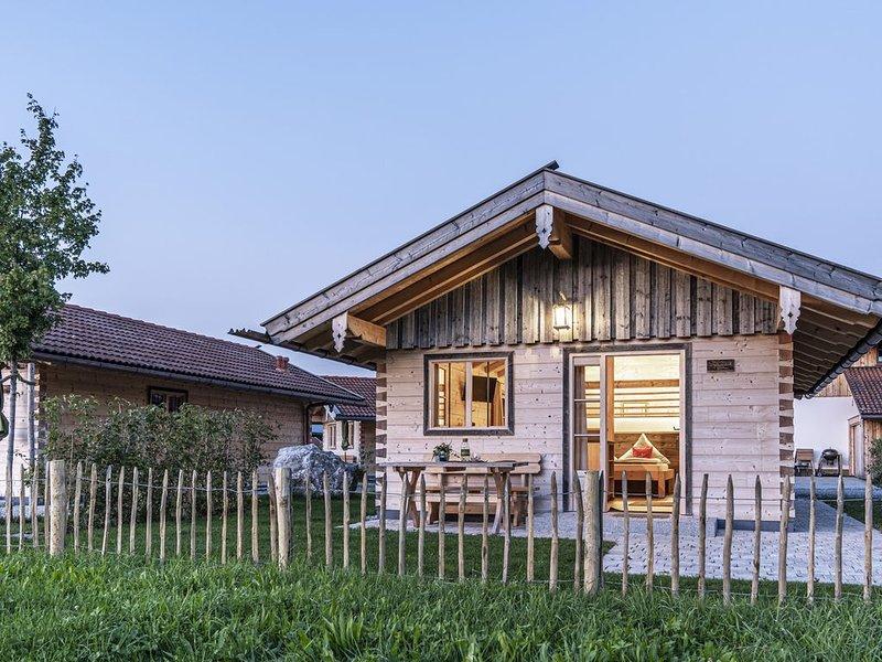 NEU: Komfortables Alm-Chalet mit traumhaftem Bergblick, alquiler de vacaciones en Bad Heilbrunn
