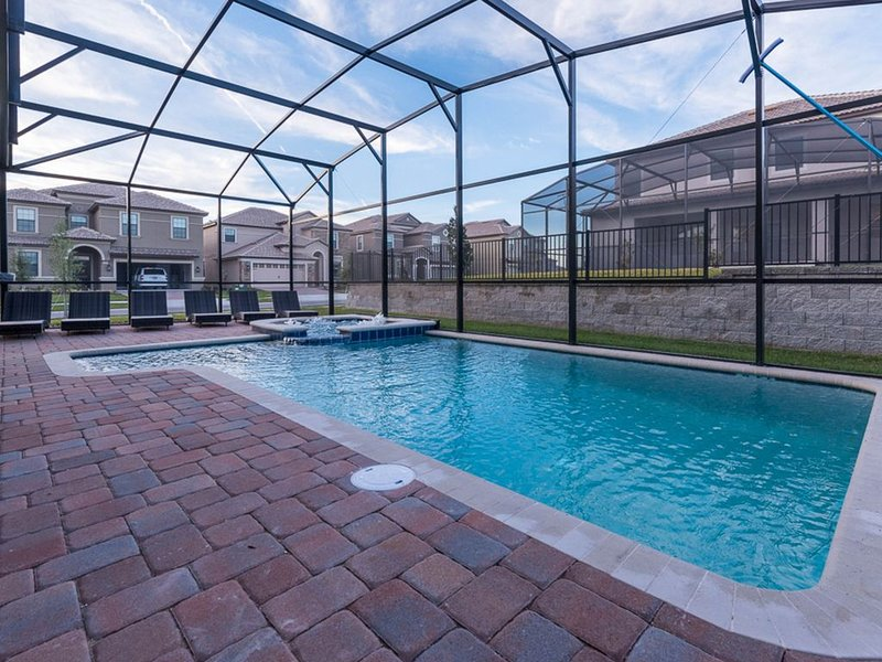 Dog-friendly home w/ theater, pool/spa, game room & resort water park access!, holiday rental in ChampionsGate