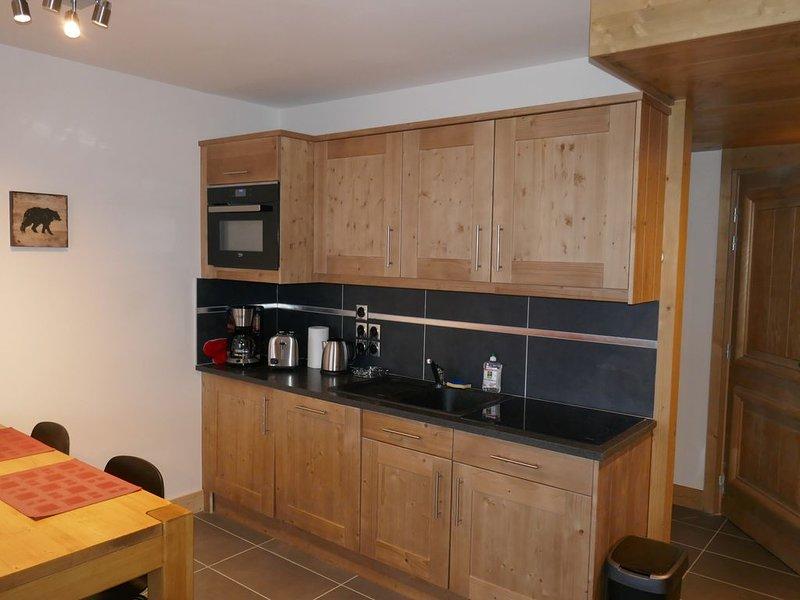 Nouvel appartement T2 45 m² - 2 à 4/5 personnes - Peisey Vallandry - Les Arcs, casa vacanza a Nancroix