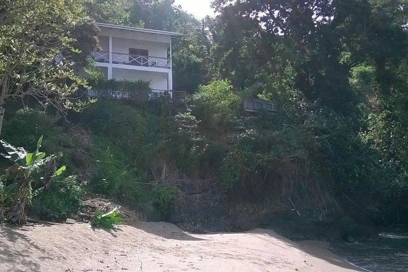 Serene, breathtaking beauty, friendly environment., vacation rental in Charlotteville