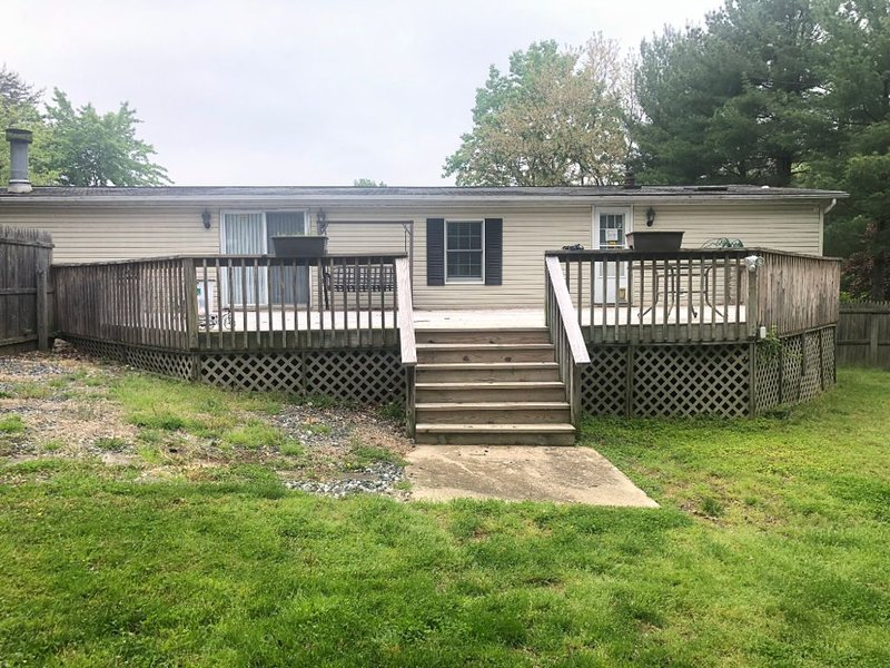 Tranquility inside and out, holiday rental in Earleville