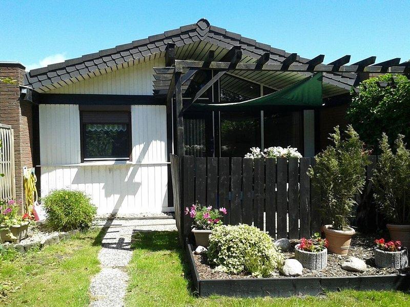 Ferienhaus für 5 Gäste mit 60m² in Fedderwardersiel (126008), casa vacanza a Burhave
