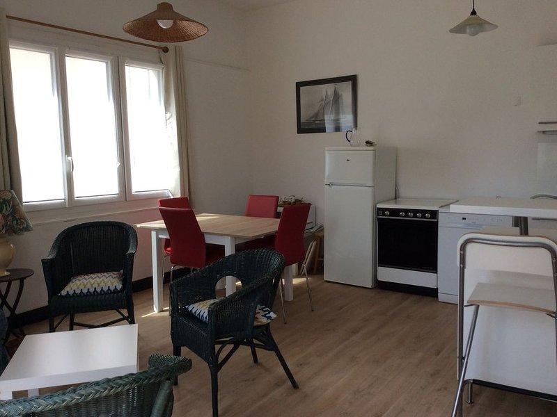 Appartement nouveau plein pied , 20m de la plage . Une place parking !, holiday rental in Wimereux