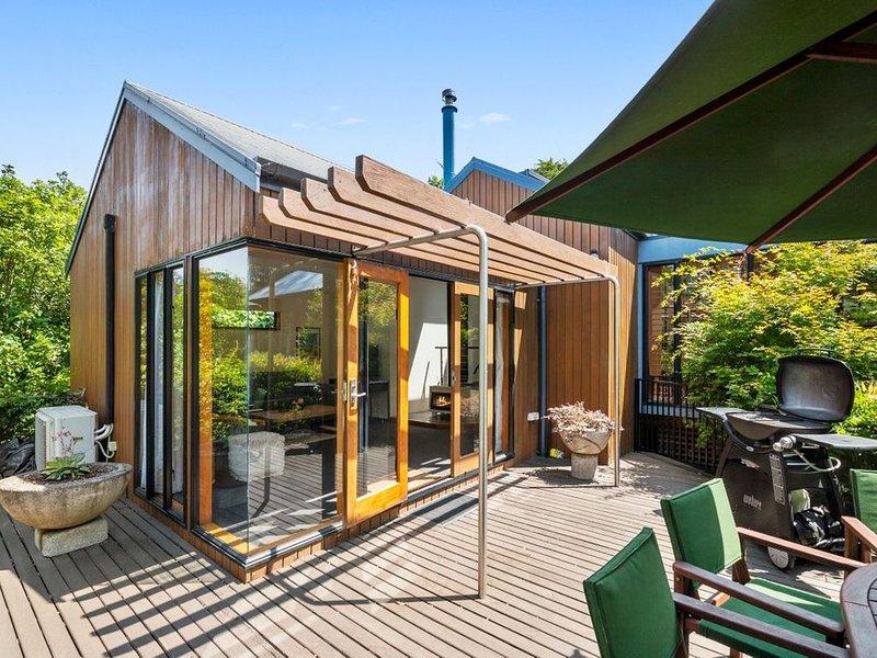 Kopanga Tree House - Havelock Holiday Home, alquiler de vacaciones en Havelock North