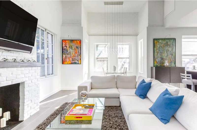 Stunning High-End Georgetown Condo, holiday rental in Arlington
