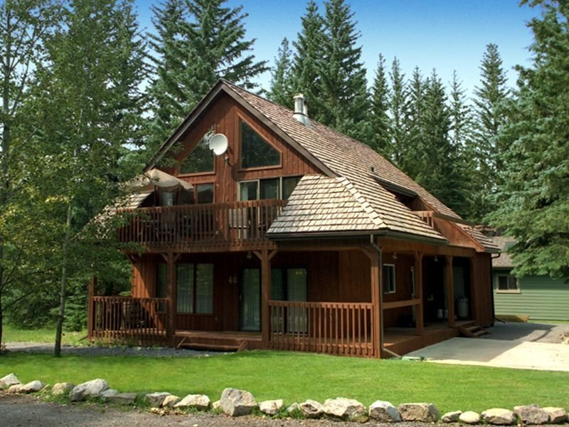 Executive Mountain Chalet, holiday rental in Jasper National Park