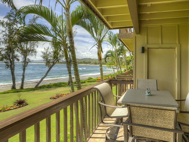 Oceanfront, Second Floor, 2 Bedroom   2 Bathroom, alquiler de vacaciones en Kapaa