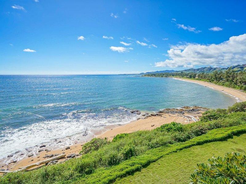 Ocean Front Top Floor At Wailua Bay View!, alquiler de vacaciones en Kapaa