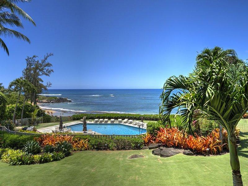 Premier Oceanfront Spacious 2 Bedroom | 2 Bathroom located along Wailua Beach, alquiler vacacional en Kauai