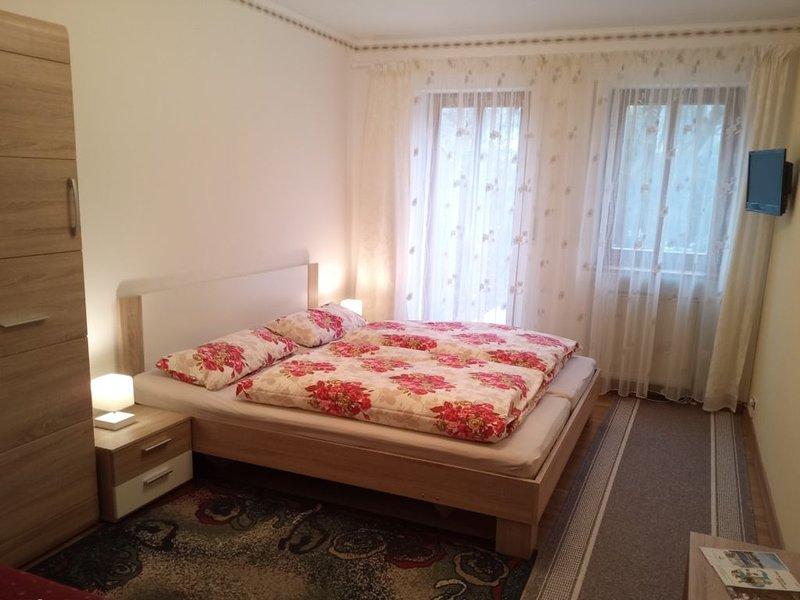 Appartement BARBARA - separater Eingang im Haus - eigener Stil, alquiler vacacional en Pentling