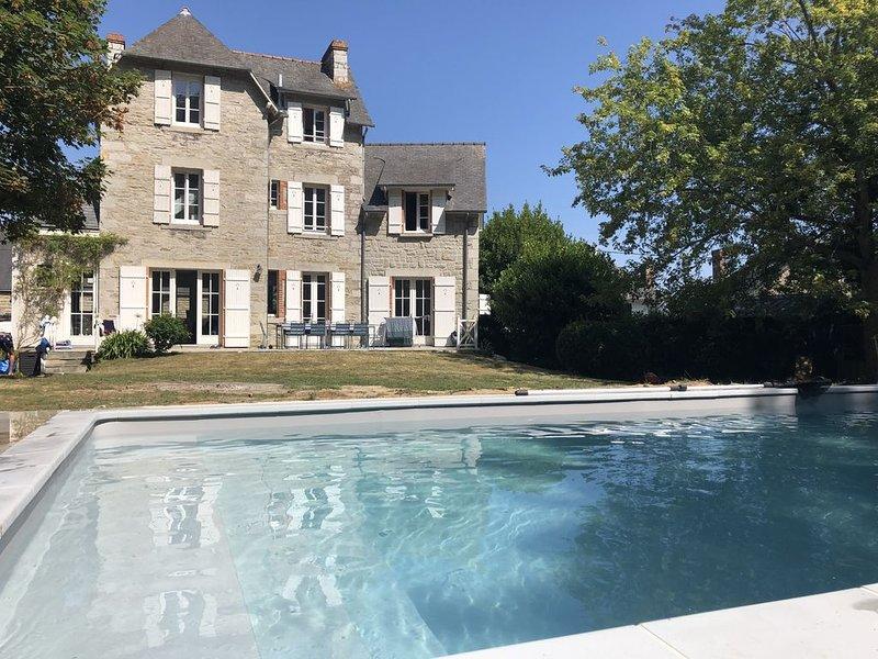 Villa Saint Cast Le Guildo avec piscine, alquiler de vacaciones en Matignon