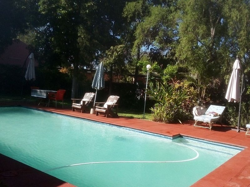 Gloria's Bed And Breakfast, location de vacances à Southern Province