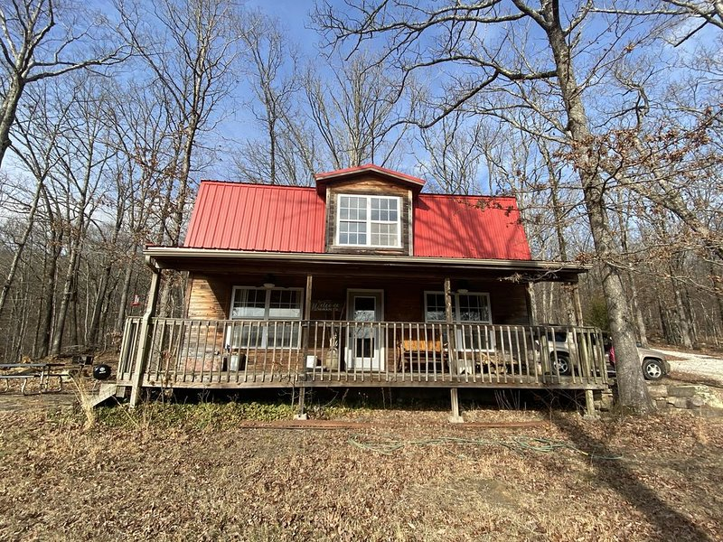 Country Cabin near Devil's Den - 4 wheel drive recommended, casa vacanza a Combs