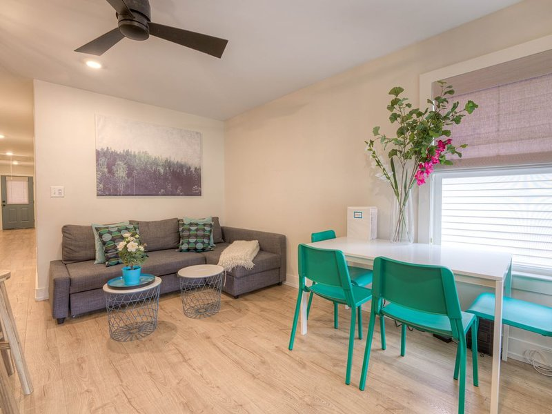 ⭐️SUNNY 2bed, 2bath MONTHLY DISCOUNTS ⭐️, vacation rental in Southaven