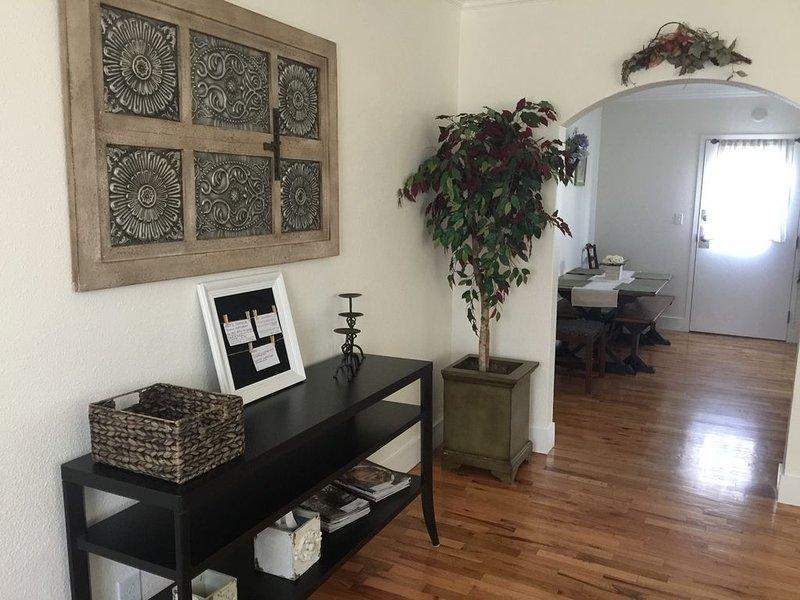 Boise's Jewel on Gem St. With 2 bedrooms & 1 bathroom., alquiler de vacaciones en Boise