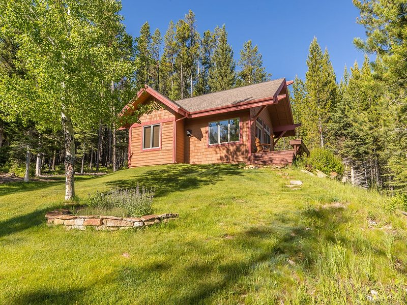 Luxurious Cabin with Fabulous View, vacation rental in Big Sky