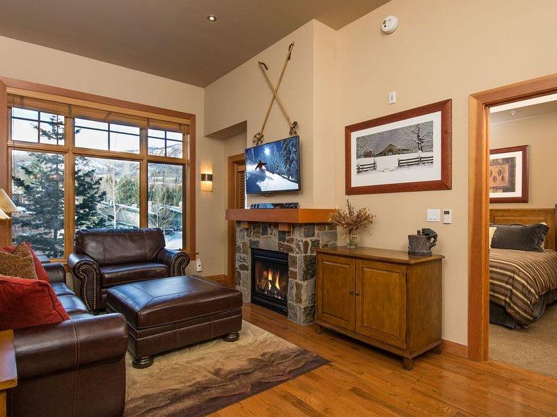 New Ski in/ski out, 1 BR Luxury Condo, Capitol Peak, Snowmass Base Village, casa vacanza a Snowmass Village