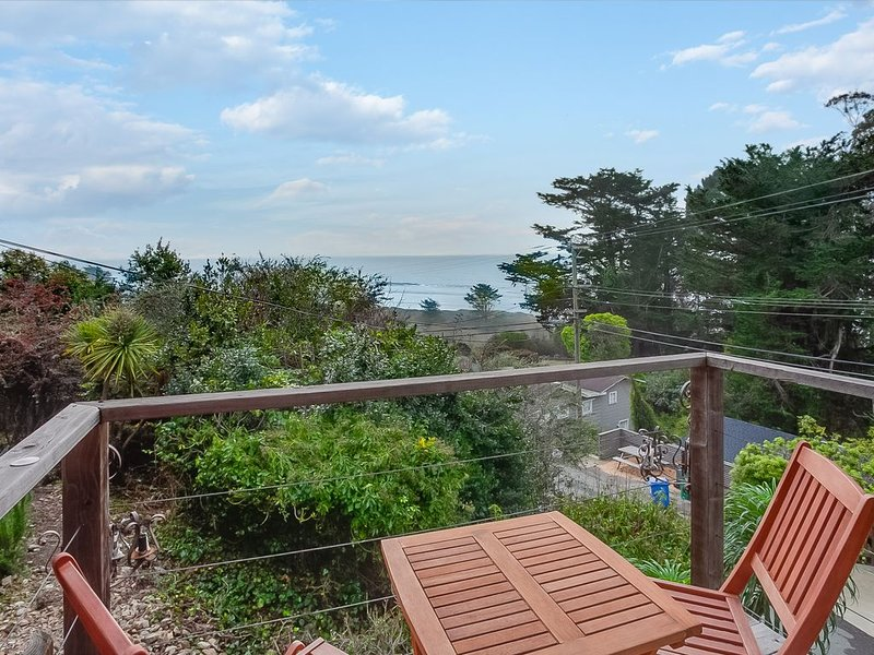 Private Hillside Sanctuary, holiday rental in Bolinas