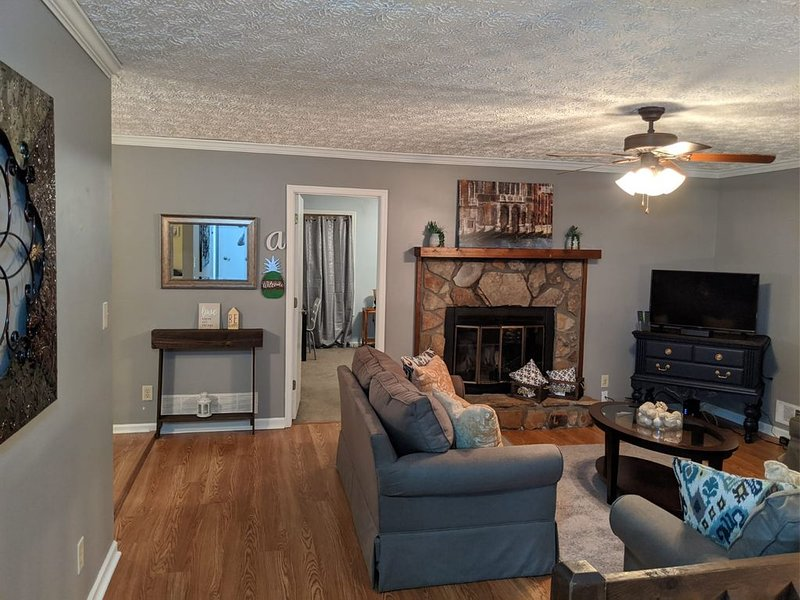 Kennesaw Barn Charm with Easy Access to Marietta, vacation rental in Acworth