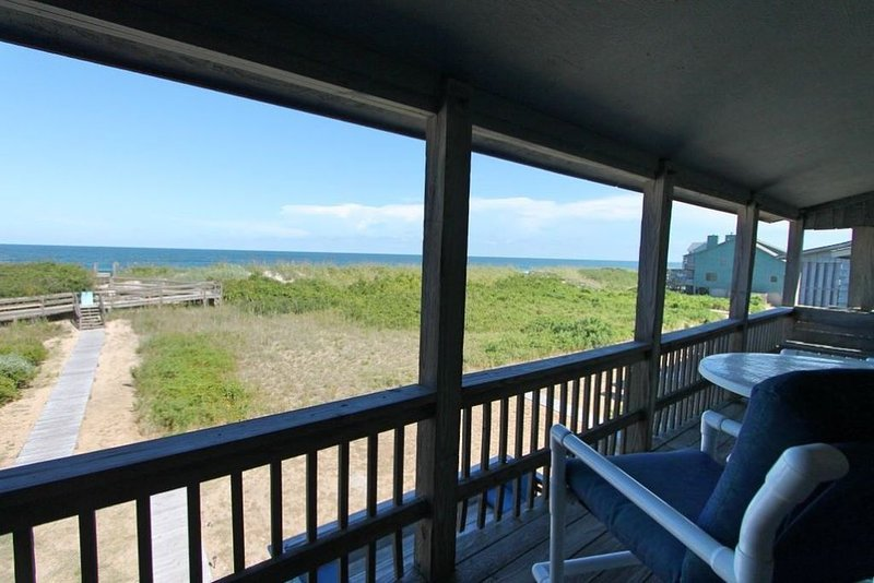 BOOK NOW FOR 2021!  Forever Summer is an Oceanfront Delight, holiday rental in Duck