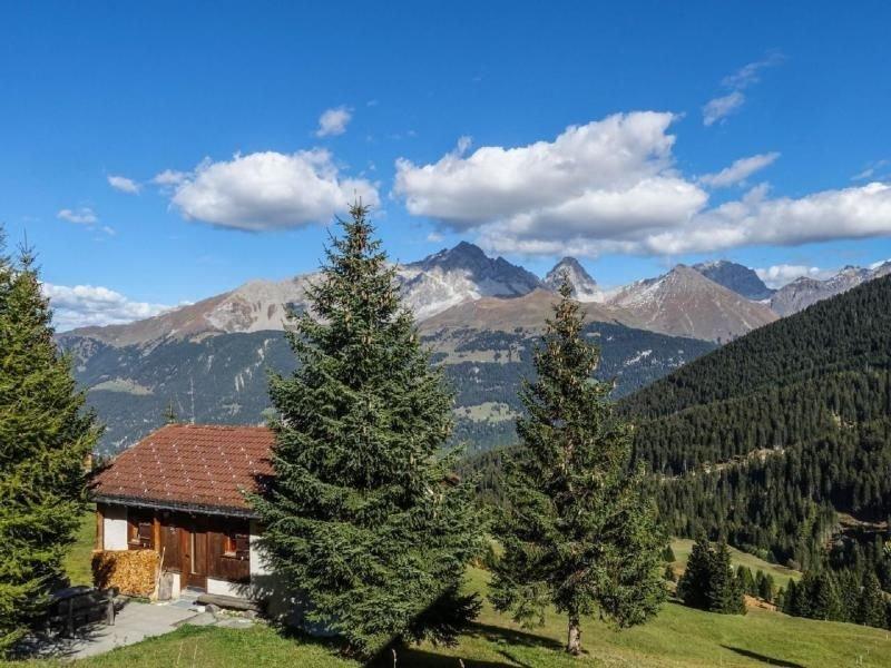 Ferienhaus Riom (Savognin) für 4 Personen mit 2 Schlafzimmern - Ferienhaus, holiday rental in Wergenstein