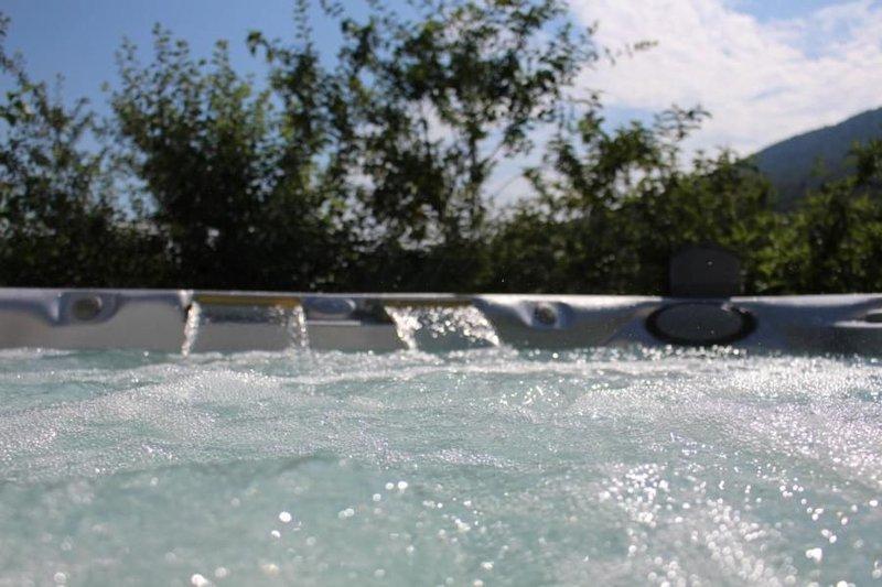 Ferienwohnung Gänsbrunnen für 5 - 6 Personen mit 2 Schlafzimmern - Ferienwohnung, vacation rental in Moutier