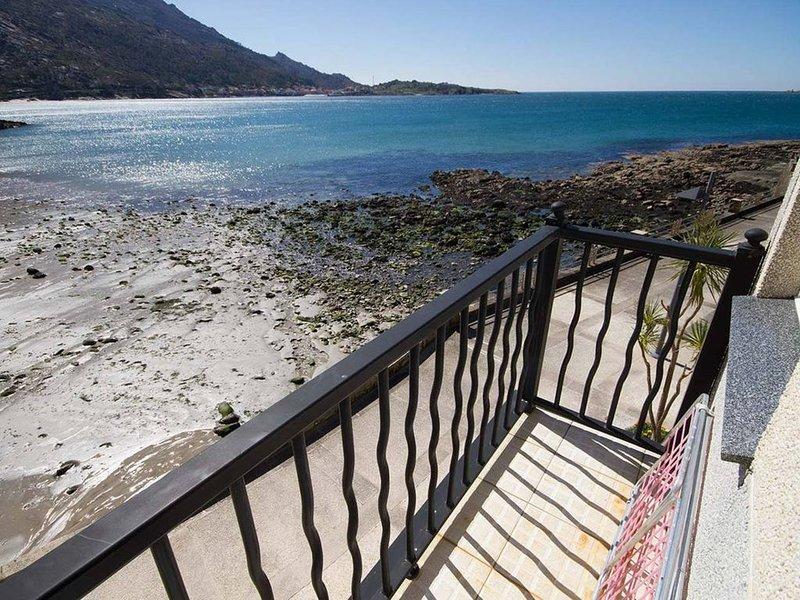 Apartamento - 1 Dormitorio con WiFi y Vistas al mar - 108059, holiday rental in Carnota