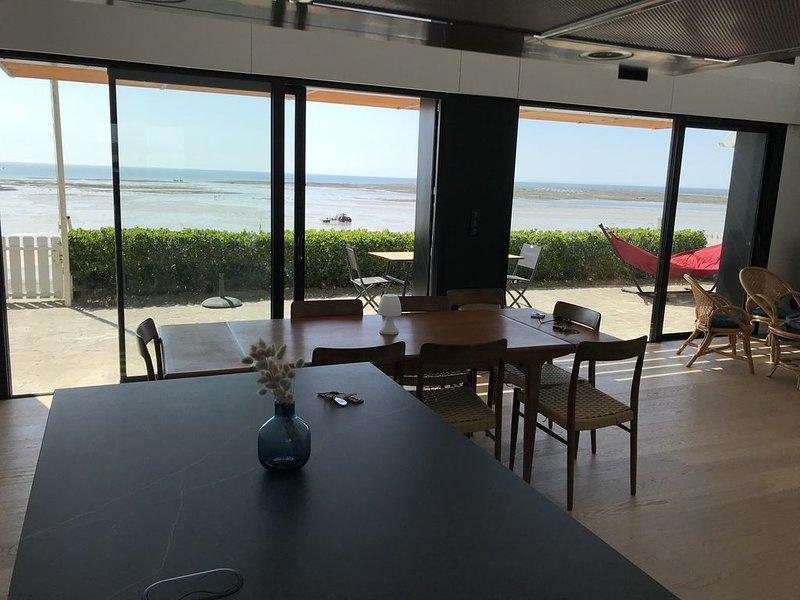Maison face à la mer. Situation exceptionnelle !, vacation rental in Agon-Coutainville