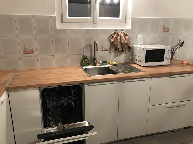 Appartement dans chalet à la campagne a 30 minutes de la station Chamrousse, location de vacances à Venon