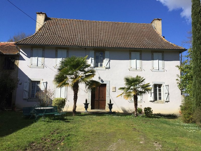 GITE<SANS VOISINAGE>PROCHE MADIRAN et MARCIAC, holiday rental in Riscle