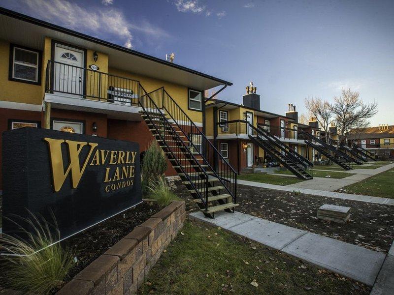 Beautiful 1 & 2 Bedroom Suites located in East Regina - Fines Drive - Beautiful, vacation rental in Regina